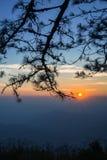Восход солнца на горе - изображение утра запаса Стоковые Изображения RF