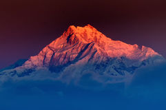 Восход солнца на держателе Kanchenjugha, на зоре, Сикким Стоковые Изображения