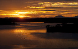 Восход солнца над каналом Kazinga вышесказанного Уганда стоковое фото rf