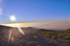 Восход солнца на Килиманджаро Стоковые Фотографии RF