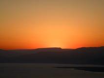 Восход солнца над мертвым морем Стоковые Фото