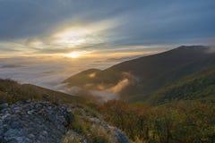 Восход солнца над облаками, держатель Cucco, Умбрия, Apennines, Италия Стоковое Изображение RF