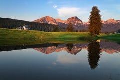 Восход солнца на озере Стоковые Изображения