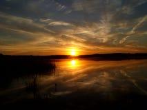 Восход солнца над озером 3 Стоковая Фотография RF