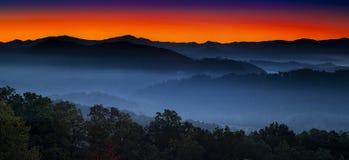 Восход солнца на предгорьях обозревает Стоковые Фотографии RF