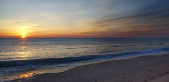 Восход солнца на пляже Стоковая Фотография RF
