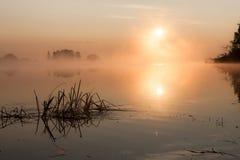 Восход солнца на реке в утре России Стоковые Фото