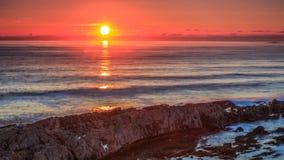 Восход солнца на северном море восточного побережья, Великобритании Стоковое фото RF