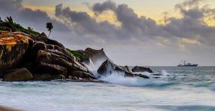 Восход солнца на Сейшельских островах Стоковые Фото