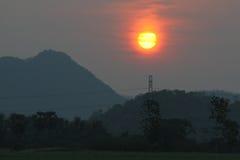 Восход солнца на сельской местности Стоковое Изображение RF