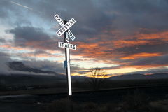 Восход солнца на следах Стоковое Изображение RF
