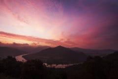 Восход солнца над холмом DeblÃk стоковое изображение