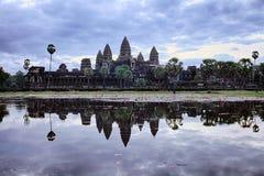 Восход солнца на Angkor Wat Стоковая Фотография