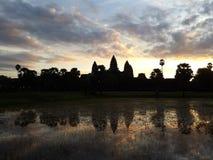 Восход солнца на Angkor Wat Стоковое Изображение RF