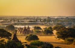 Восход солнца над Bagan в Мьянме Стоковое Изображение RF