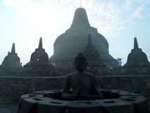 Восход солнца на Borobudur стоковое фото rf