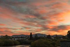 Восход солнца над Queenstown, Новой Зеландией стоковые изображения