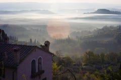 Восход солнца над tuscanian холмами Стоковые Фотографии RF