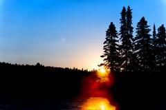 Восход солнца озера в Parc de Ла Mauricie Стоковые Изображения