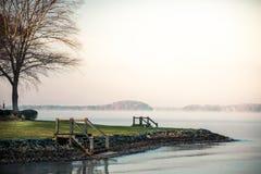 Восход солнца озера нормандский туманный Стоковые Изображения RF