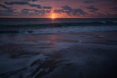 Восход солнца пены моря Стоковая Фотография