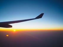 Восход солнца под крылом Стоковое фото RF