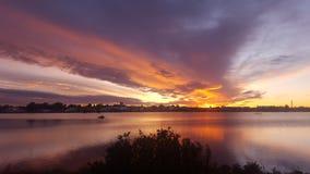 Восход солнца пруда Стоковое Изображение