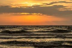 Восход солнца пляжа рая Стоковая Фотография