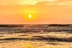 Восход солнца пляжа рая Стоковая Фотография RF