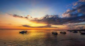 Восход солнца пляжа Dua Nusa Стоковое фото RF