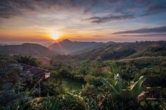 Восход солнца утра в mountian взгляде Стоковые Изображения RF