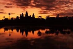 Восход солнца Angkor Wat Стоковое Изображение RF
