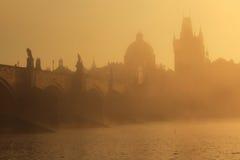 восход солнца charles моста Стоковые Изображения