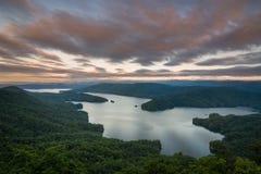 Восход солнца Jocassee озера Стоковая Фотография