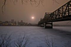 Восходящее солнце в зиме Стоковая Фотография RF