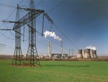 восходящий поток теплого воздуха электростанции индустрии экологичности Стоковые Фото