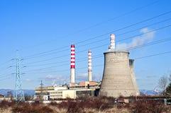 восходящий поток теплого воздуха электростанции индустрии экологичности Стоковое Фото