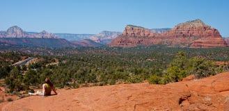 восшхищать взгляд sedona Аризоны панорамный Стоковое Изображение RF
