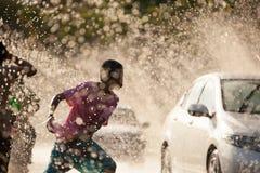 Вода брызгая в фестивале Songkran Стоковая Фотография RF