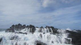Вода в утесах Стоковое Изображение
