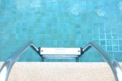 вода зонтиков заплывания бассеина Стоковая Фотография RF