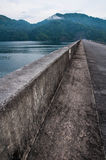 Вода и запруда  Стоковое Фото