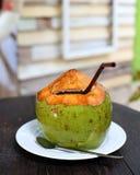 Вода кокоса на таблице Стоковое Изображение RF