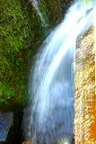 Вода от падения запруды Стоковые Фото