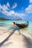 Вода тени пальмы шлюпки Стоковое Изображение RF