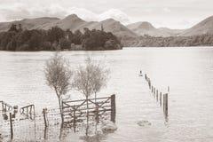 Вода Derwent, Keswick, район озера, Англия Стоковые Изображения RF