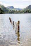 Вода Derwent, Keswick, район озера Стоковые Фотографии RF