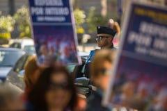 Во время торжества праздника Первого Мая в центре города Общая конфедерация португальских работников Стоковая Фотография RF