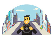 Водитель при езда колеса автомобиля управляя квартирой города Стоковое Фото
