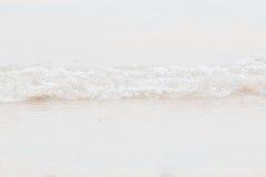 Волна крупного плана на пляже Стоковое Изображение